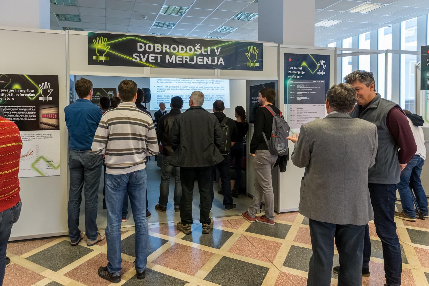 Dogodek Pet minut za merjenje je potekal 18. in 19. aprila na Fakulteti za elektrotehniko UL