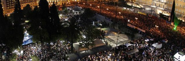 """Grčija potisnjena v """"dolžniški zapor"""""""