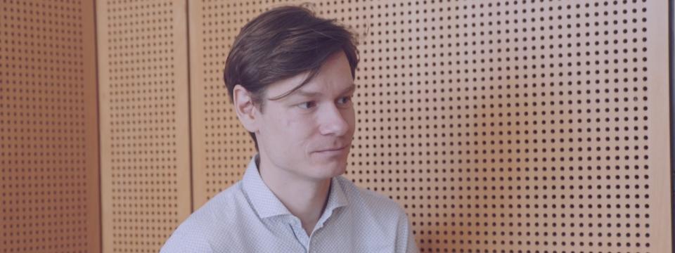 dr. Anton Potočnik, IMEC: Zapleten in nenavaden svet kvantne fizike