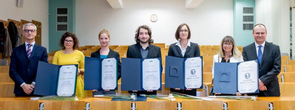 Podelitev nagrad in priznanj Miroslava Zeia na Nacionalnem inštitutu za biologijo (NIB)