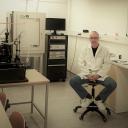 dr. Vid Bobnar: Razvoj novih anorganskih in polimernih sistemov z ojačenim dielektričnim in elektromehanskim odzivom