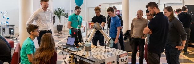 ODPOVEDANO: Roboti na ljubljanski Fakulteti za elektrotehniko